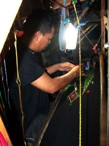 Menenun 2