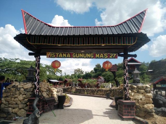 wisata gunung mas tugu mantup lamongan